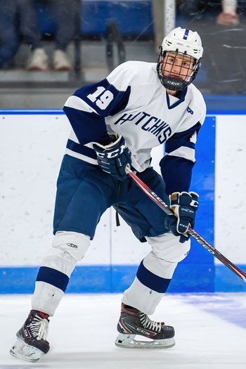 Hotchkiss sophomore C Karsen Dorwart notched a pair of goals 46 seconds apart in the Bearcats' 4-0 shutout win over  Loomis on Mon. Feb.17. Linemates